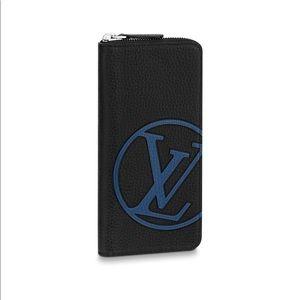 Louis Vuitton Vertical Zippy Wallet